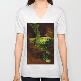 Cave-out Kiss Unisex V-Neck