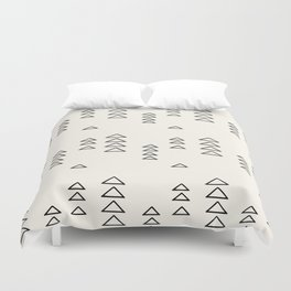 Minimalist Triangle Line Drawing Duvet Cover