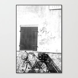 Bike against a wall in Venice - B&W - photography. Canvas Print