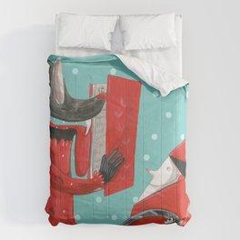 Big eyed wolf Comforters
