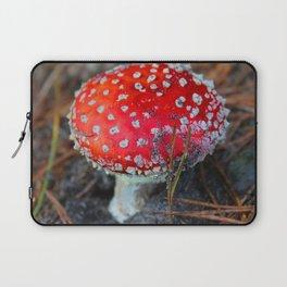 Toxic Beauty Laptop Sleeve