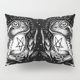 BLACK TOAD Pillow Sham