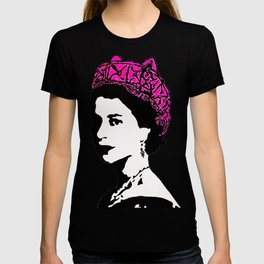 The Queen and the pink pussy hat T-shirt