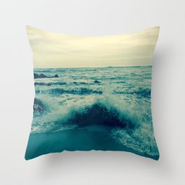 Waves crashing against rocks | Beach Throw Pillow