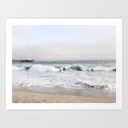 Crashing waves & hazy skies Art Print