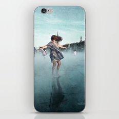 Danse de la pluie IV iPhone & iPod Skin
