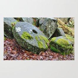 Mill stones Rug
