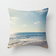 soft tide Throw Pillow