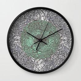 - En Ligne de Mire (Japanese Baby) - Wall Clock