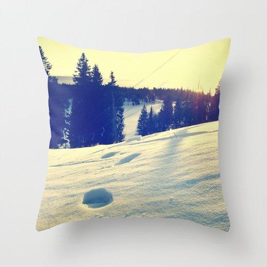 Frognerseteren Throw Pillow