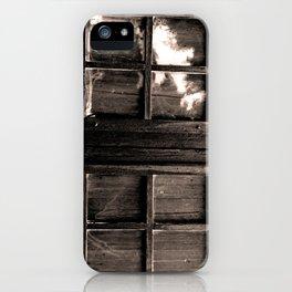 Ventana al pasado iPhone Case