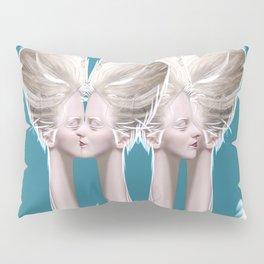 CONVERSATION ON THE NILE Pillow Sham