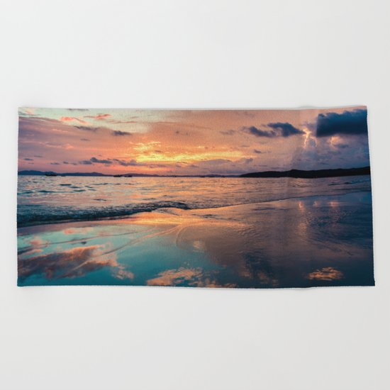 Beautiful Summer Beach Sunset Reflection Beach Towel