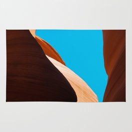 Curves of the Valley Rug