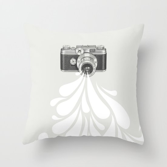 Worth a thousand words Throw Pillow