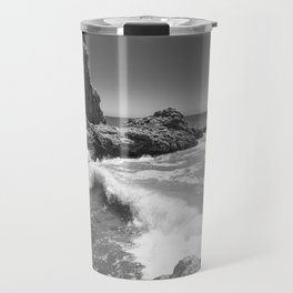 Waves crash along Rancho Palos Verdes coastline Travel Mug