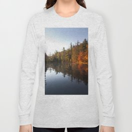 Mirrored Lake in Fall Long Sleeve T-shirt