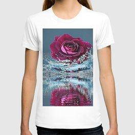 PURPLE ROSE FALLING IN  POND WATER T-shirt
