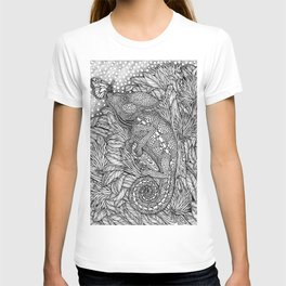 The Camouflaged Chameleon and the Monarch Butterfly by Kent Chua T-shirt