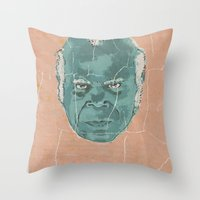stephen king Throw Pillows featuring stephen by kjell