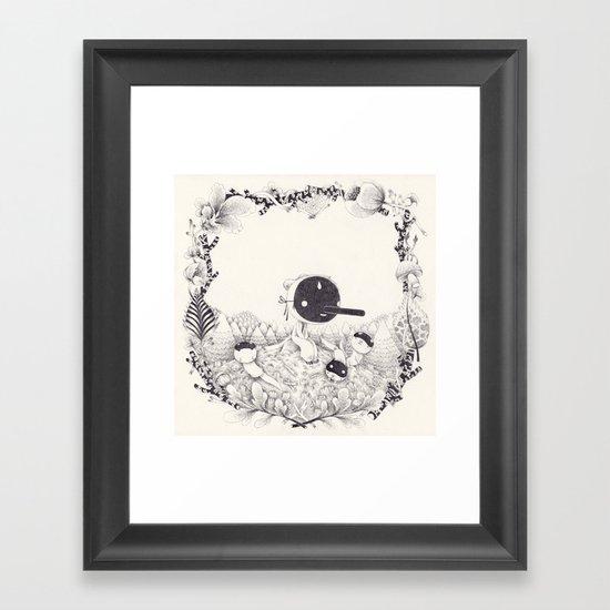 l'enfant loutre Framed Art Print
