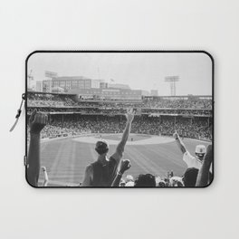 Red Sox Win Laptop Sleeve