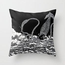 Calamari in the waves Throw Pillow