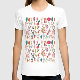 Colorful fall orange pink ivory holly berries floral T-shirt