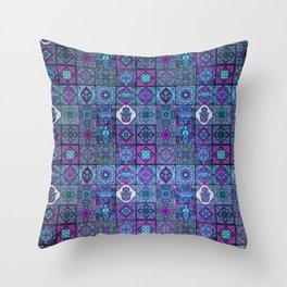V14 Traditional Moroccan Pattern ART Design. Throw Pillow