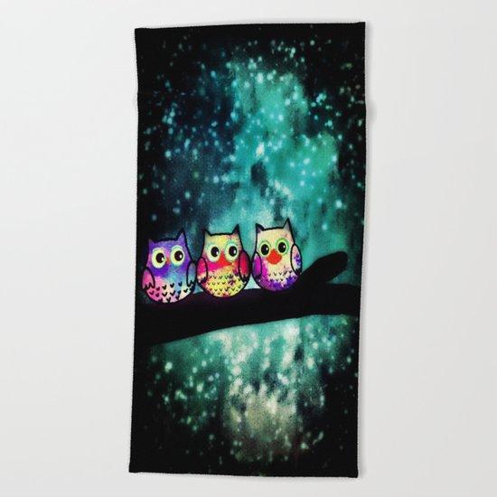 owl-253 Beach Towel