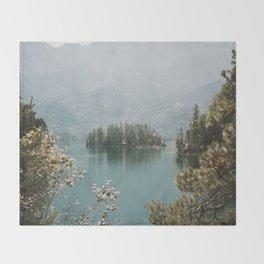 Lothlórien Throw Blanket