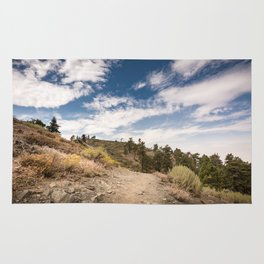 Hiking trail along Pacific Crest Trail in Southern California Rug