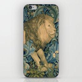 "William Morris ""Forest - Lion"" iPhone Skin"