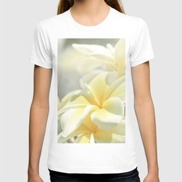 Na Lei Pua Melia Aloha e ko Lele T-shirt