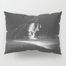 Minimalistic black and white waterfall Pillow Sham