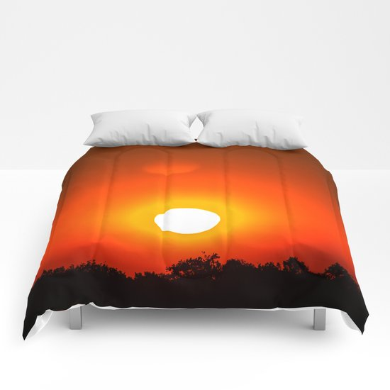 Sunset in red Comforters