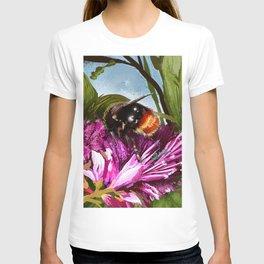 Bee on flower 9 T-shirt