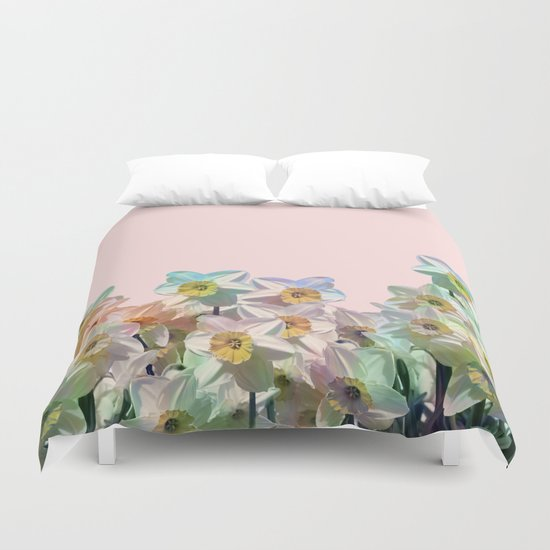 Narcissus variation Duvet Cover