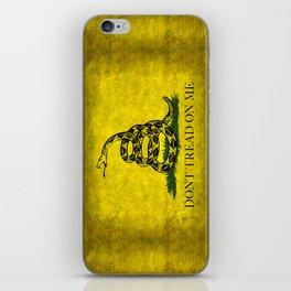 Gadsden Don't Tread On Me Flag - Worn Grungy iPhone Skin