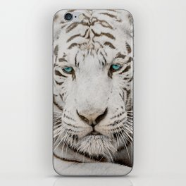 WHITE TIGER GAZE iPhone Skin