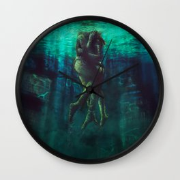 Underwater kiss | Green Phase 2 Wall Clock