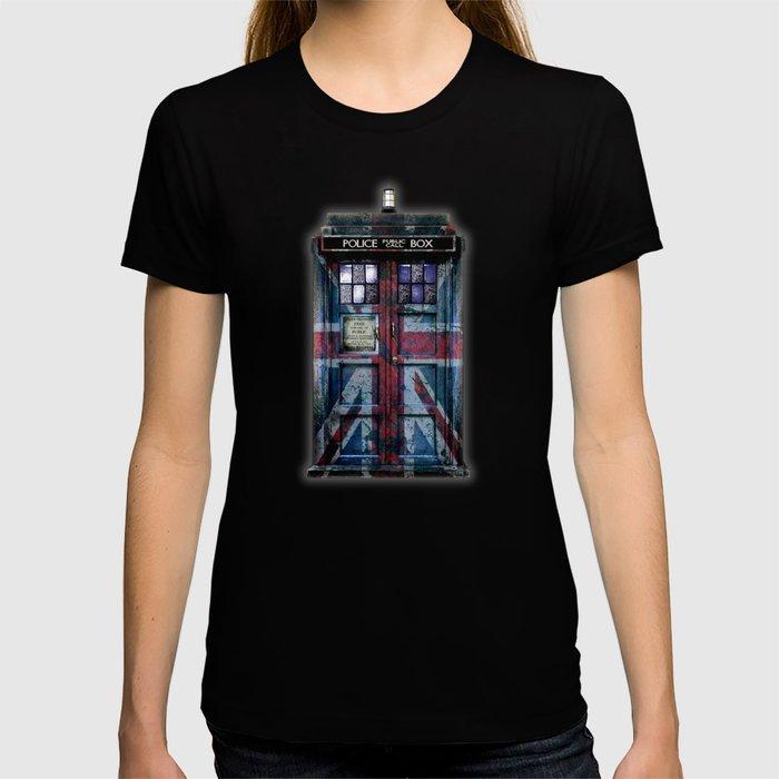 Union Jack Public Phone Booth T-shirt