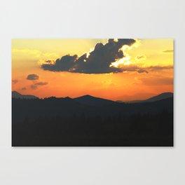 Mountain sunse Canvas Print