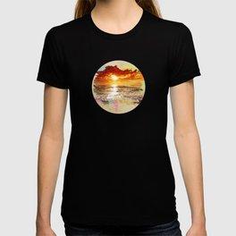Let the sun fade. T-shirt