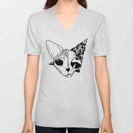 Half and half sphynx cat skull Unisex V-Neck