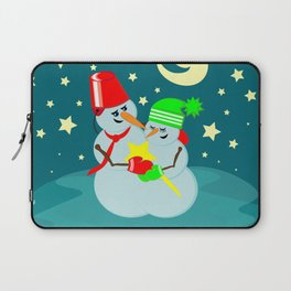 Snowmen in love Laptop Sleeve