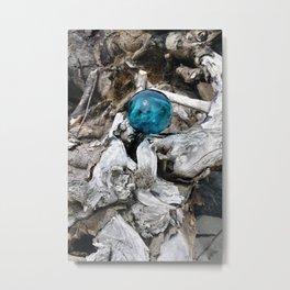 Newkowin Oregon - Ocean Driftwood Metal Print