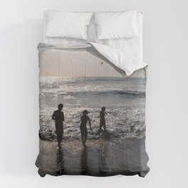 Love Ours Comforters