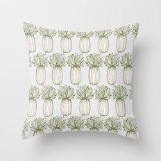 algue Throw Pillow