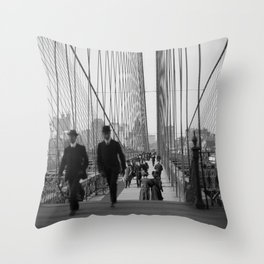 Brooklyn Bridge - Vintage New York - 1910 Throw Pillow